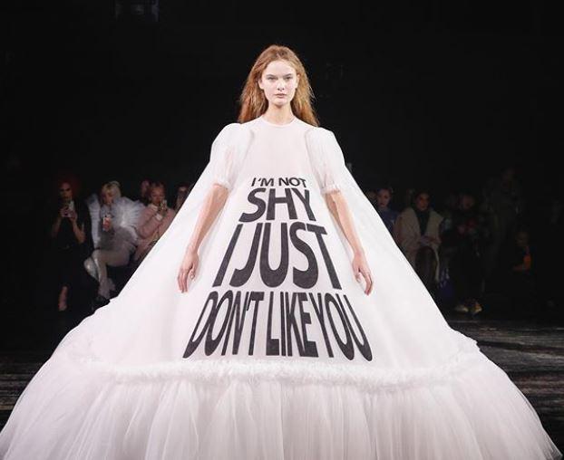 vestidos con mensajes