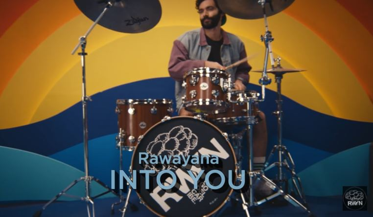 Into You de Rawayana